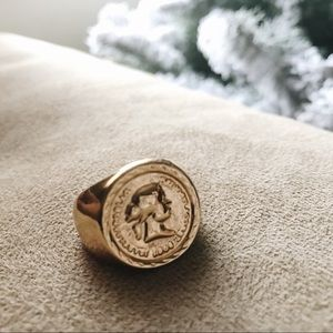 Jewelry - Gold Signet Ring